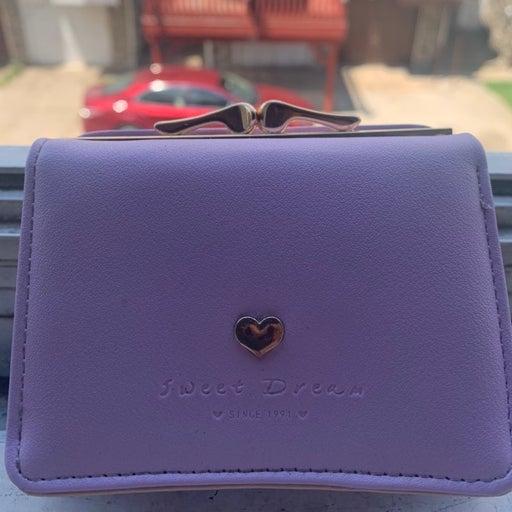 Pink wallet/perse