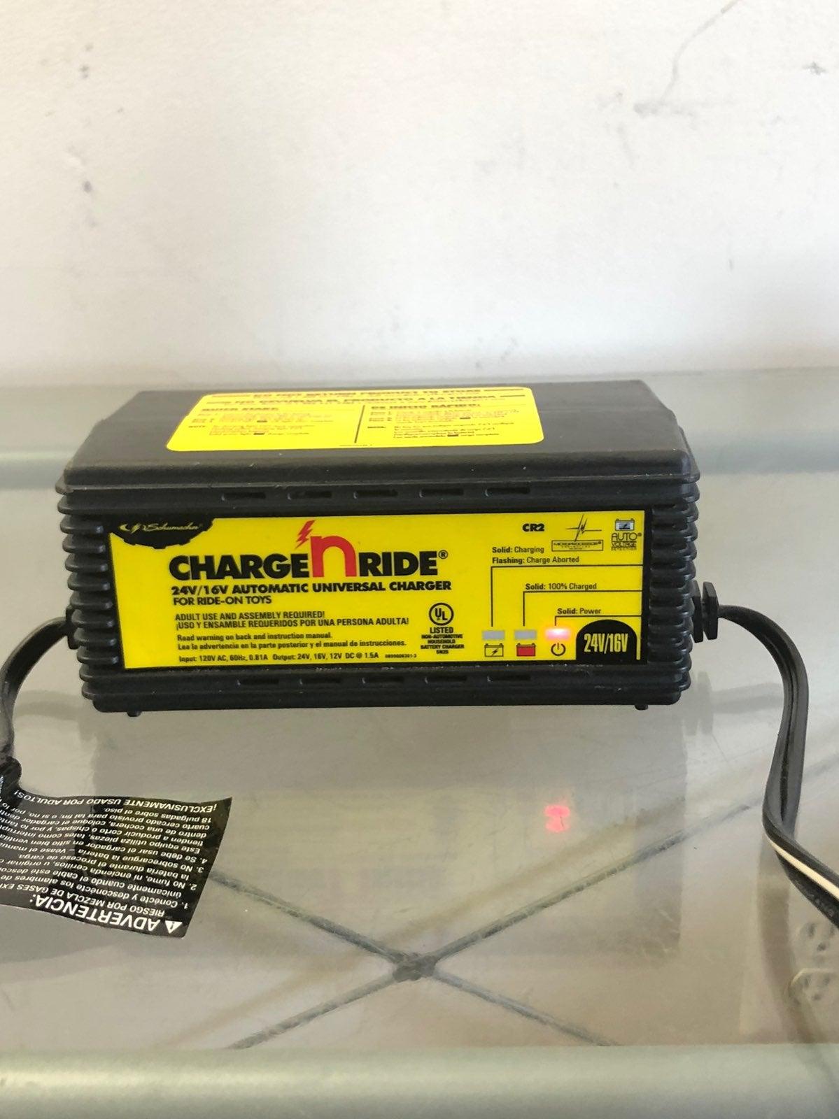 Schumacher Charge n Ride 24V/16V charger