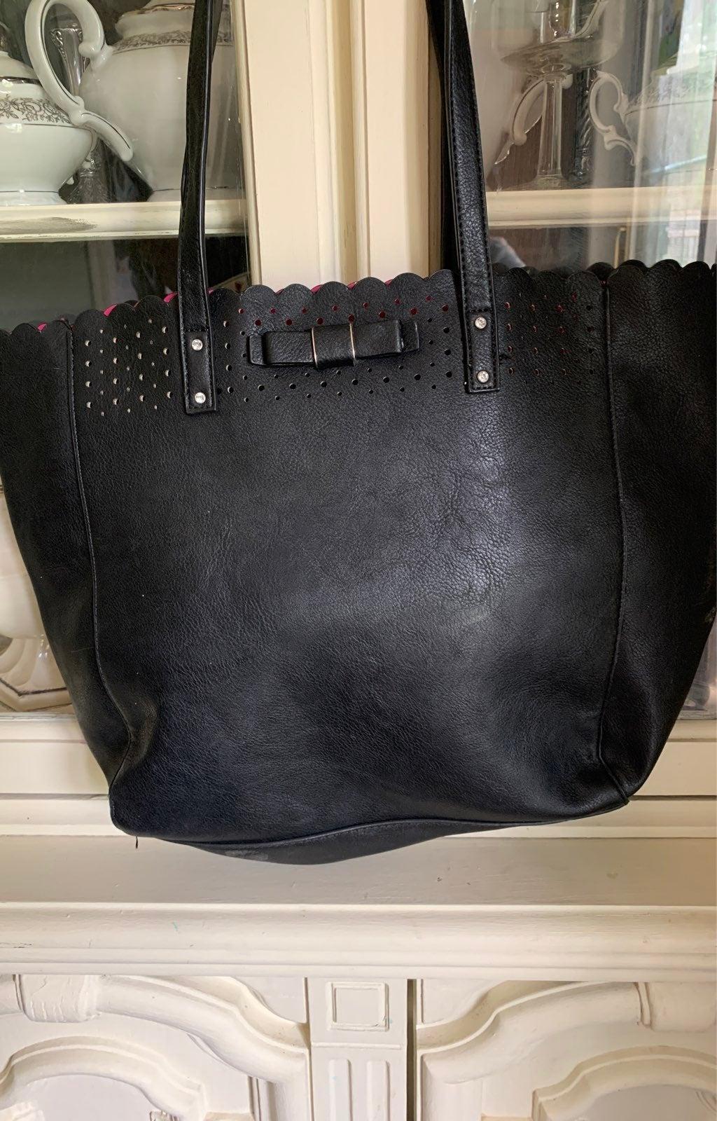 Candie's purse