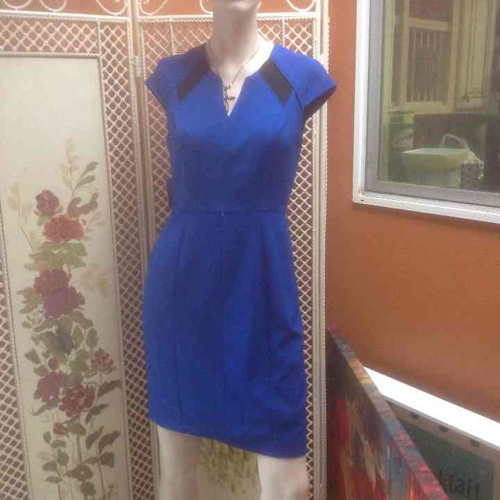 Jessica Simpson royal blue dress
