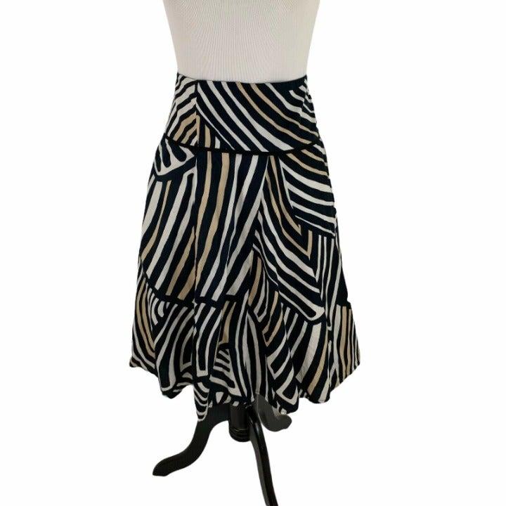 White House Black Market Flare Skirt 12