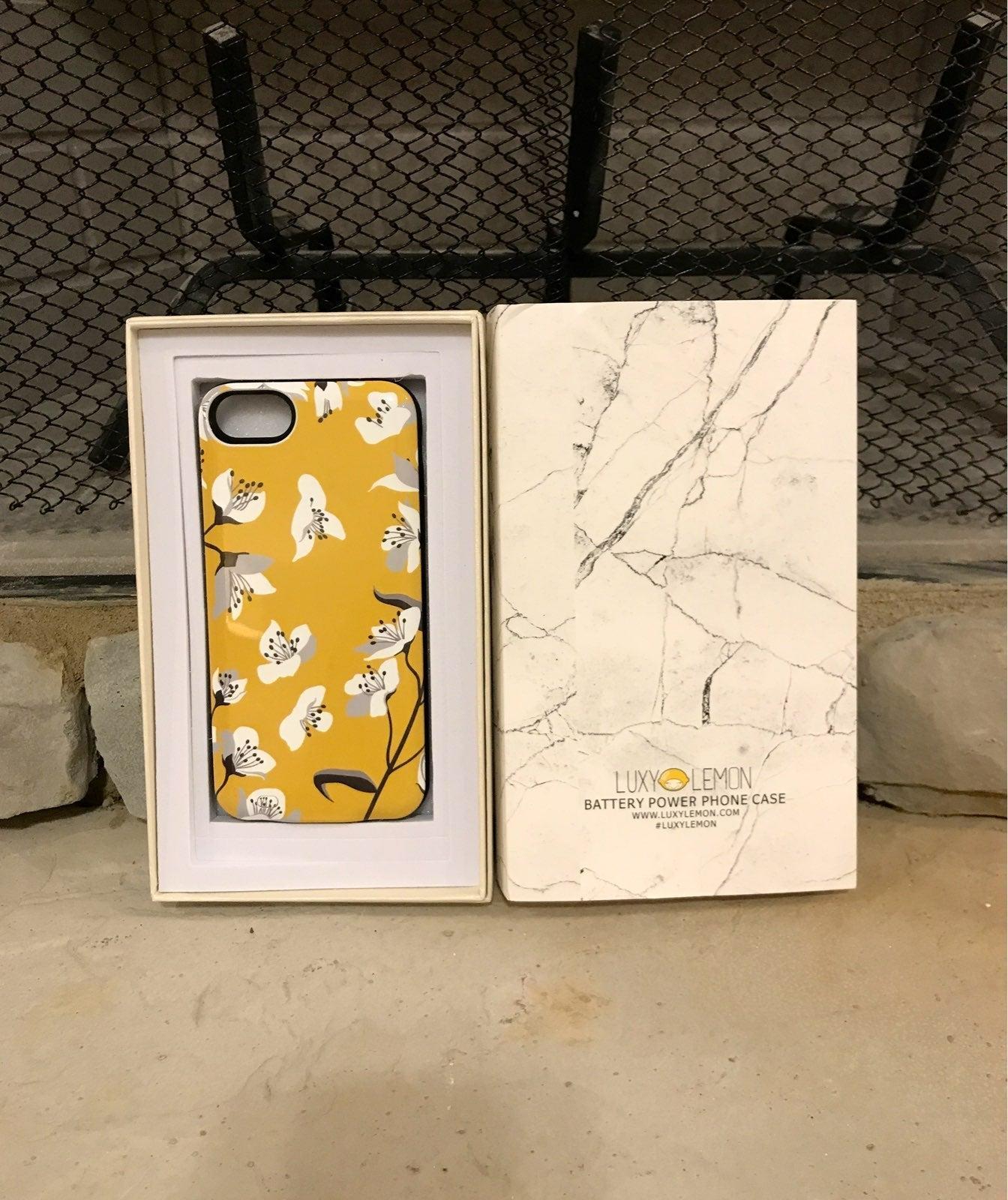 Luxy lemon battery case iphone 7, 8, SE