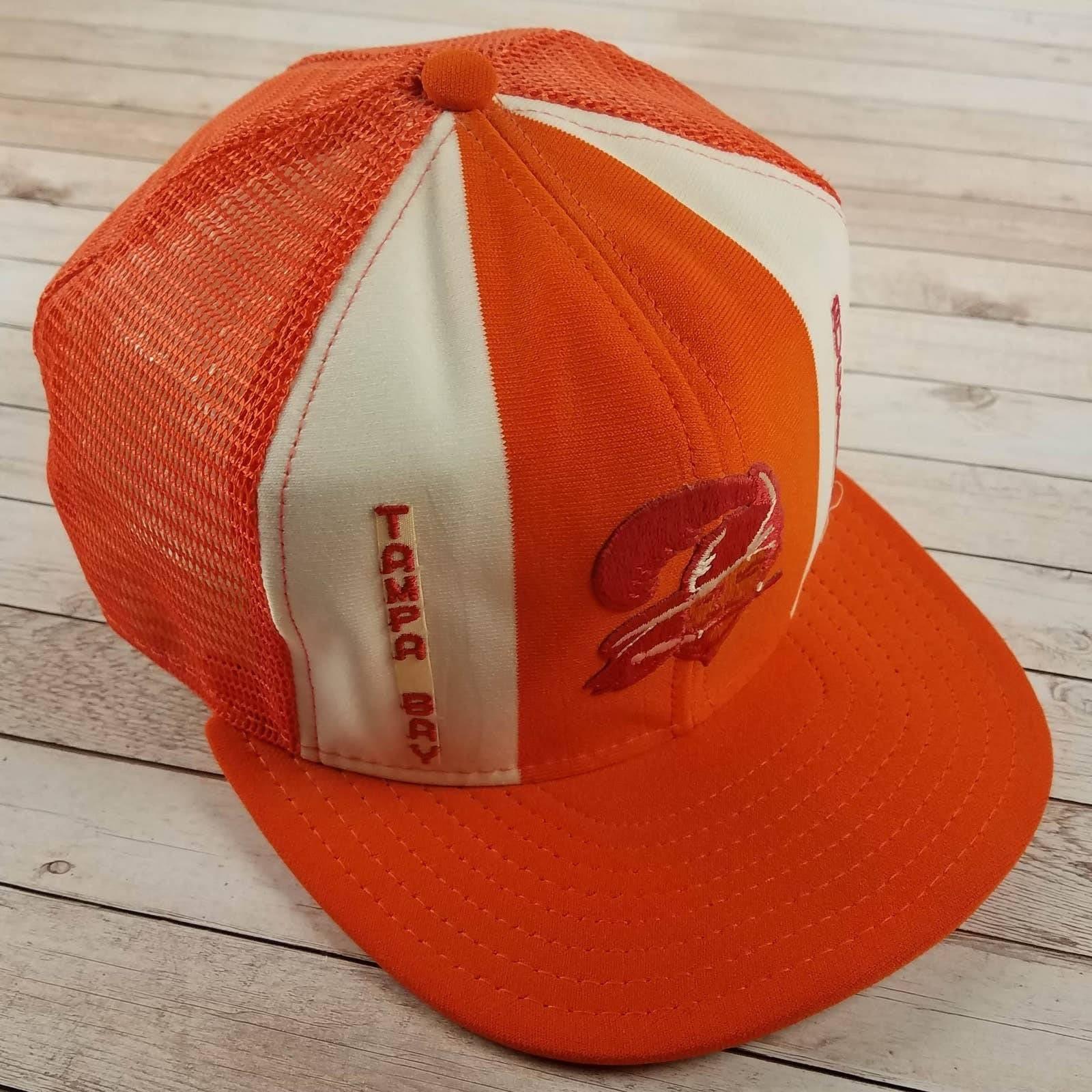VTG 80s Tampa Bay Buccaneers Trucker Hat