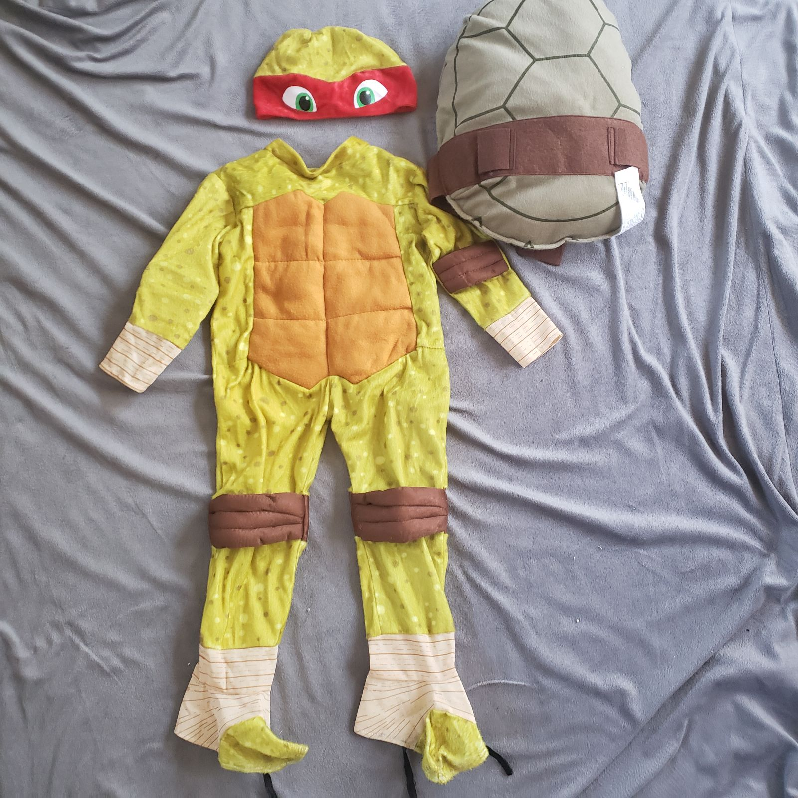 Toddler costume size 2