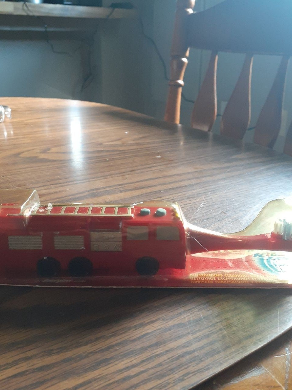Colgate Motion Fire Engine Toothbrush