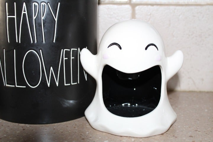 Wide Mouth Ghost Dish-Could be filled with candy/sponge/an electric tea light!