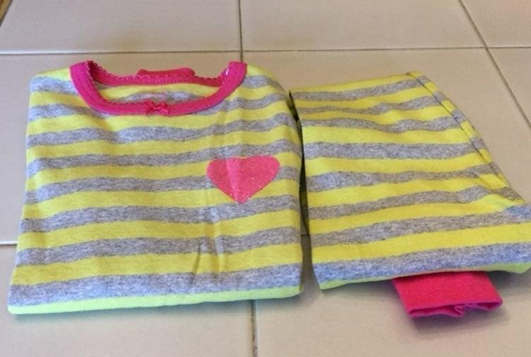 girls pajamas size 2t