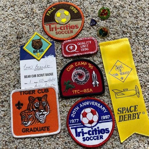 Vintage 90s Boy / Cub Scout patches lot