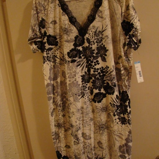 Covington nightgown