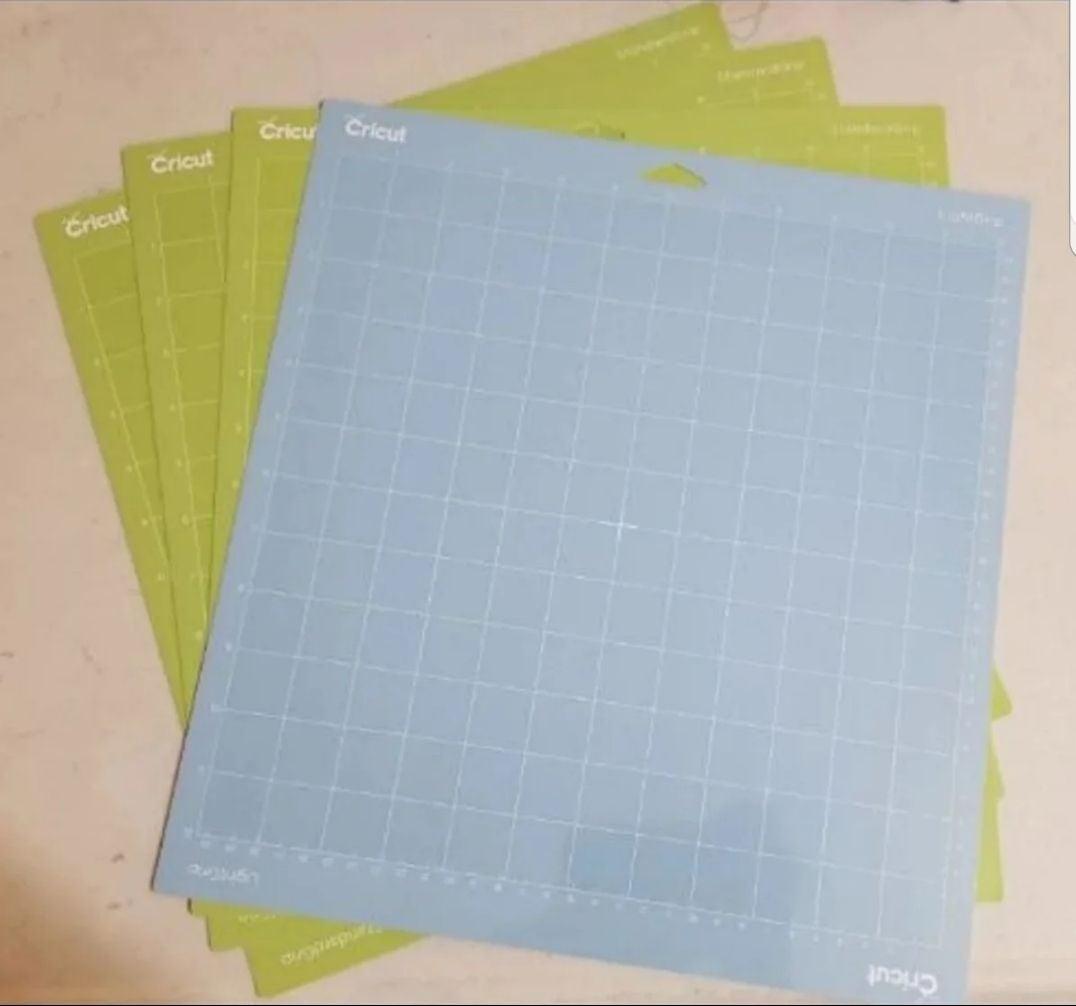 4 Cricut Standard & Light Grip mats