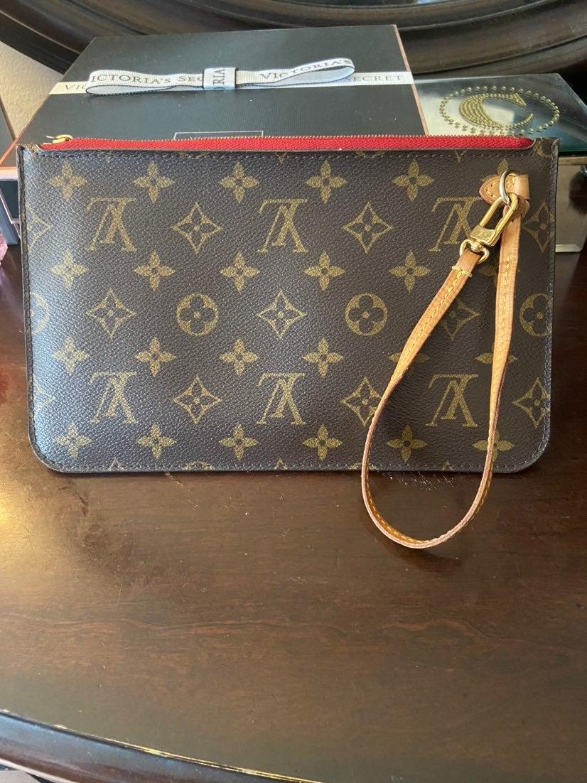 Louis Vuitton Never Full Pouch