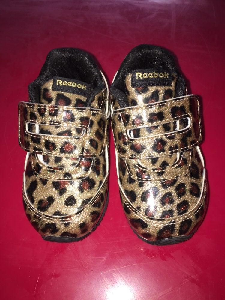 Reebok Toddler girl sneakers size 4