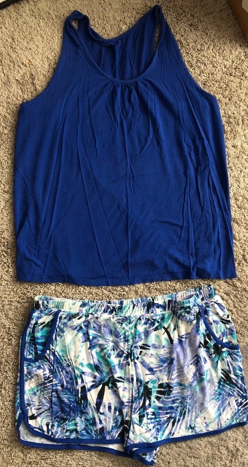 Size XL shorts and tank pajama set