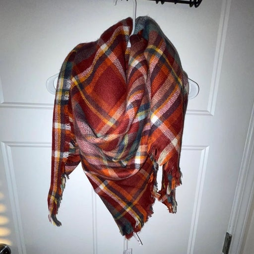 Brand new maurices blanket scarf