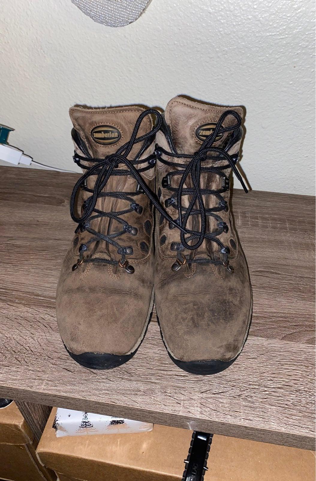 Zamberlan hikig boots