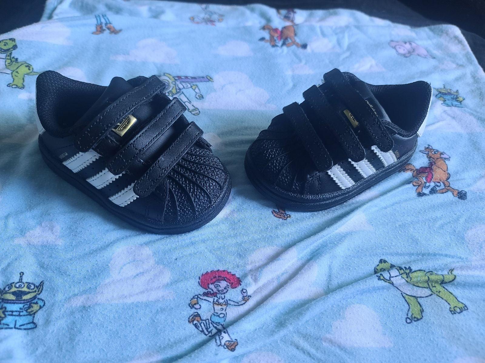 Adidas toddler 3C