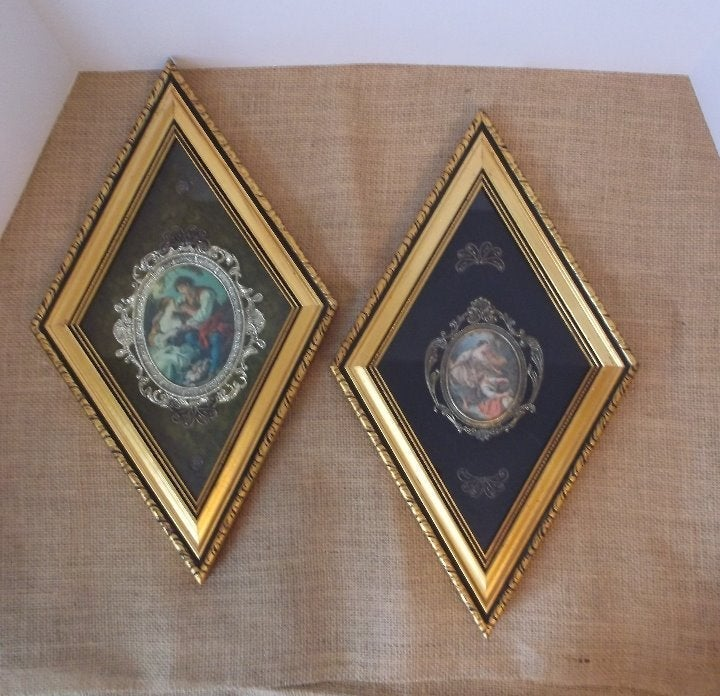 Vtg Diamond Shaped Framed Cameo Pictures