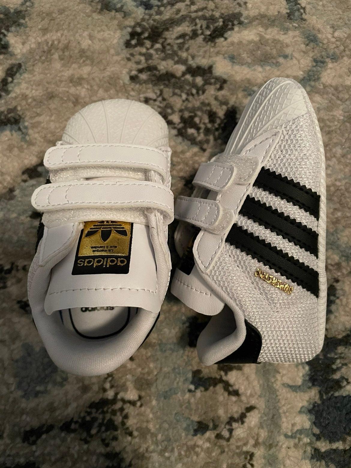Adidas Crib Shoe 2K