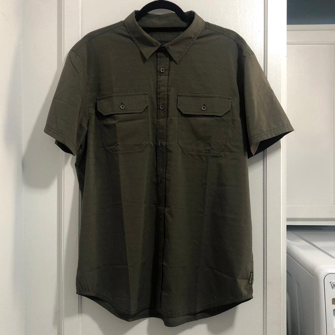 NWOT Prana Button Down Shirt Size Large