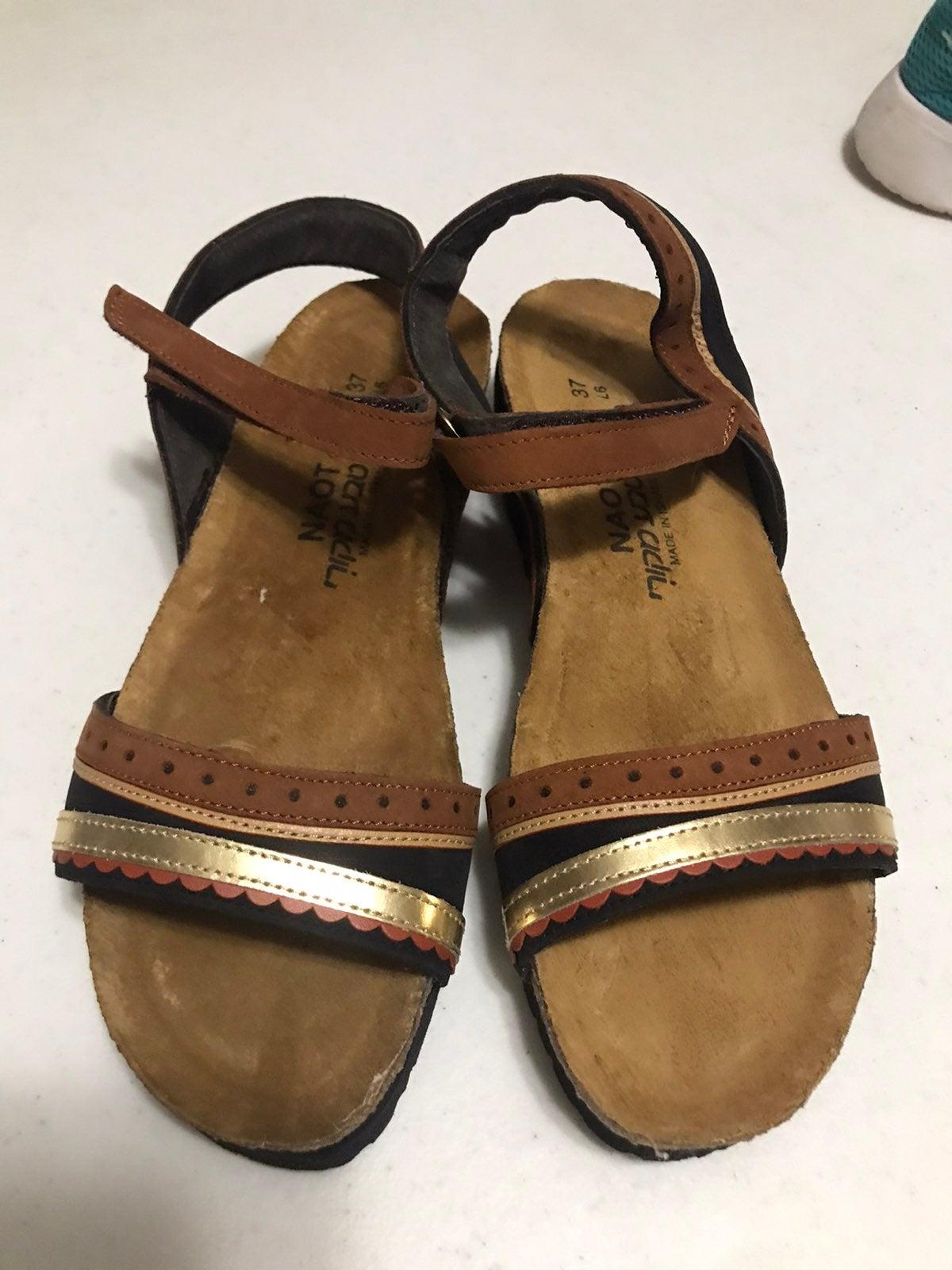 Naot sandal size 37(6)