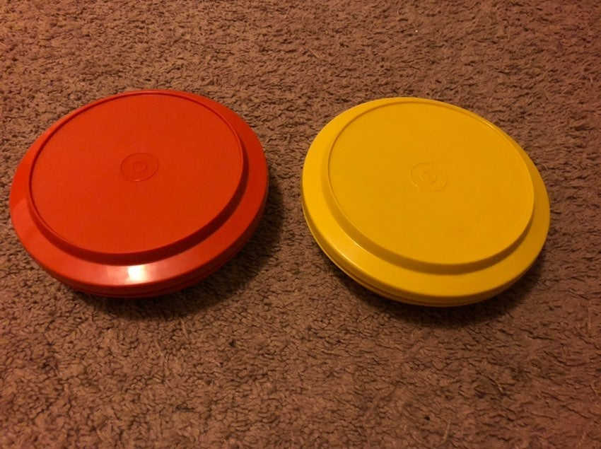 2 Tupperware Seal'n'Serve Bowls w/Lids