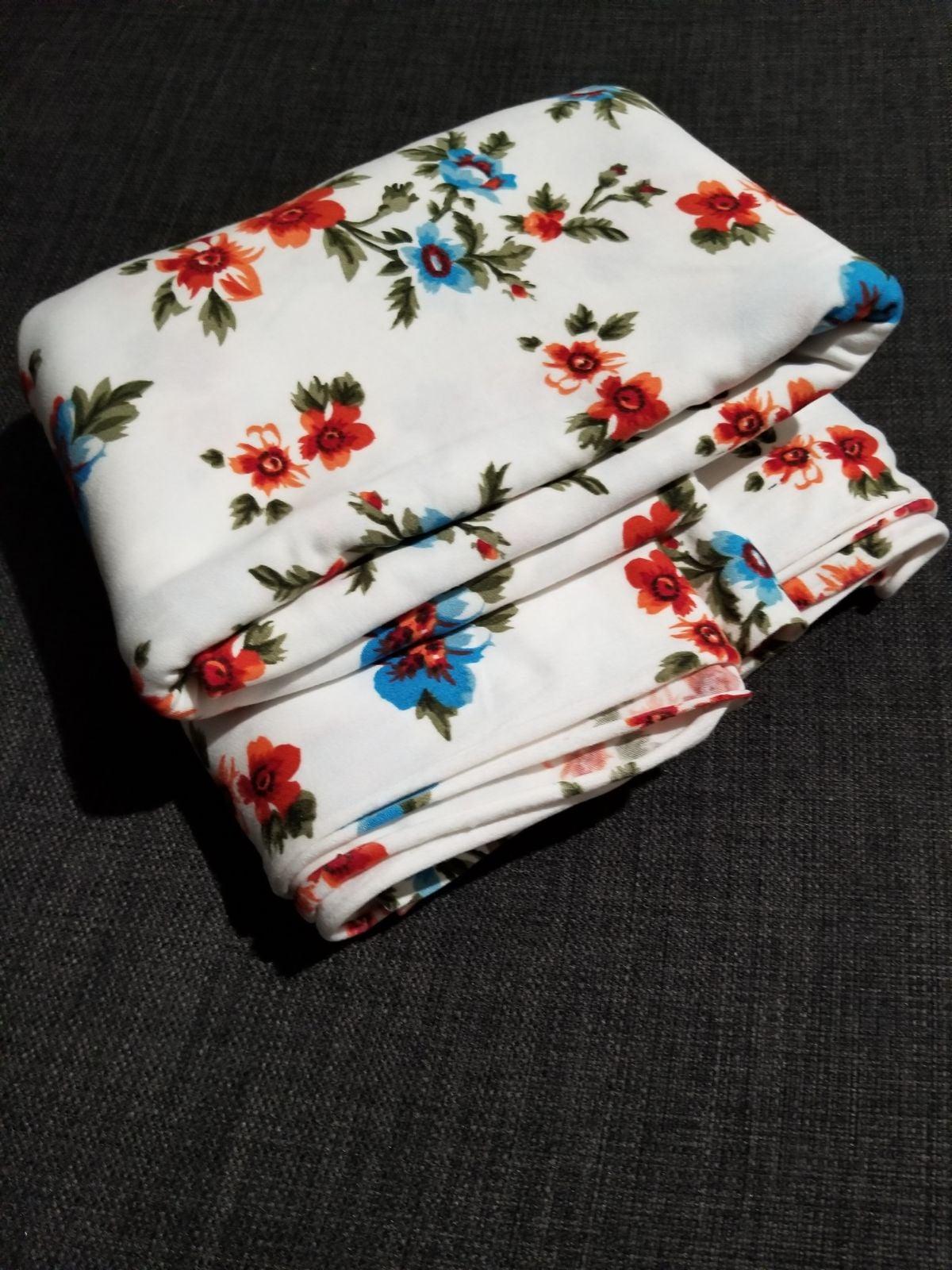 Apparel knit fabric