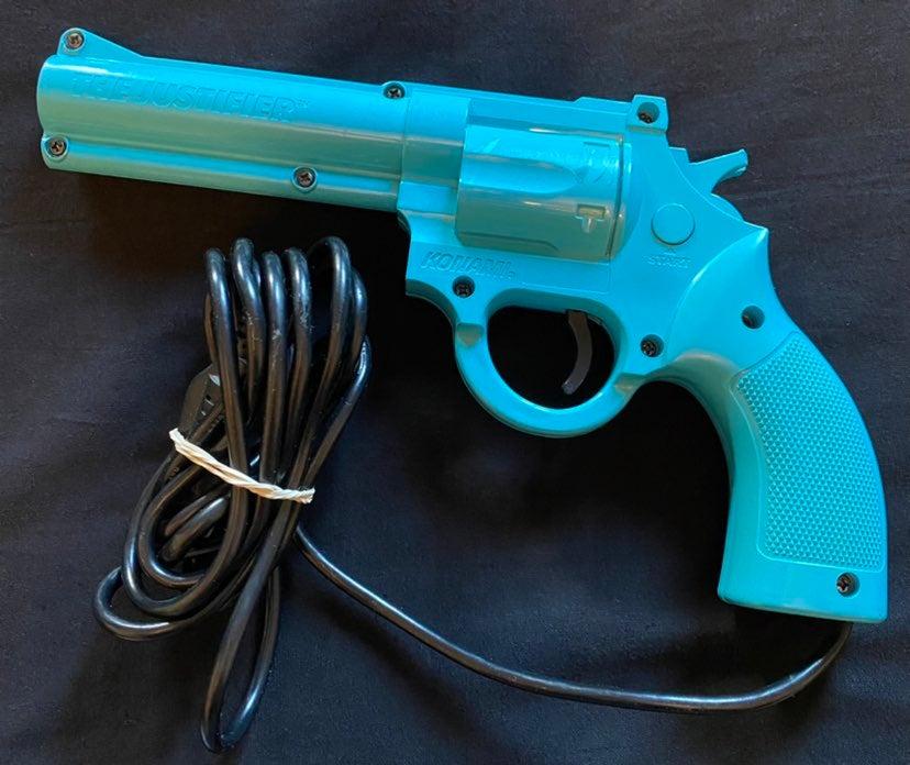 SEGA GENESIS JUSTIFIER LIGHT GUN RETRO