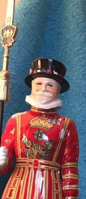 Beefeaters Yeoman Decanter