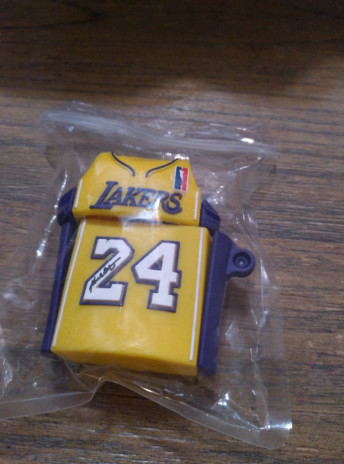 Lakers ipods case