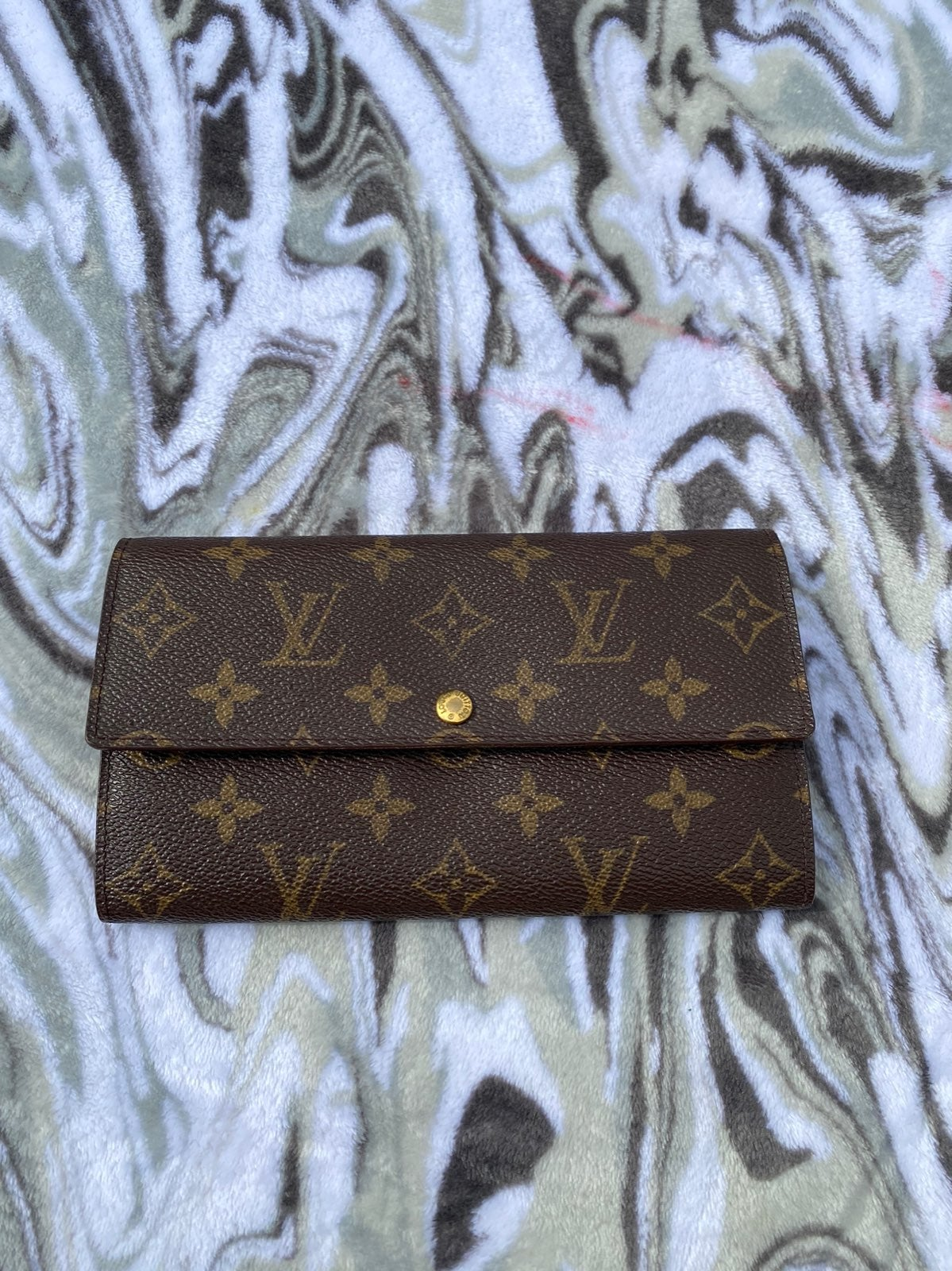 Authentic Louis Vuitton Long Wallet Port