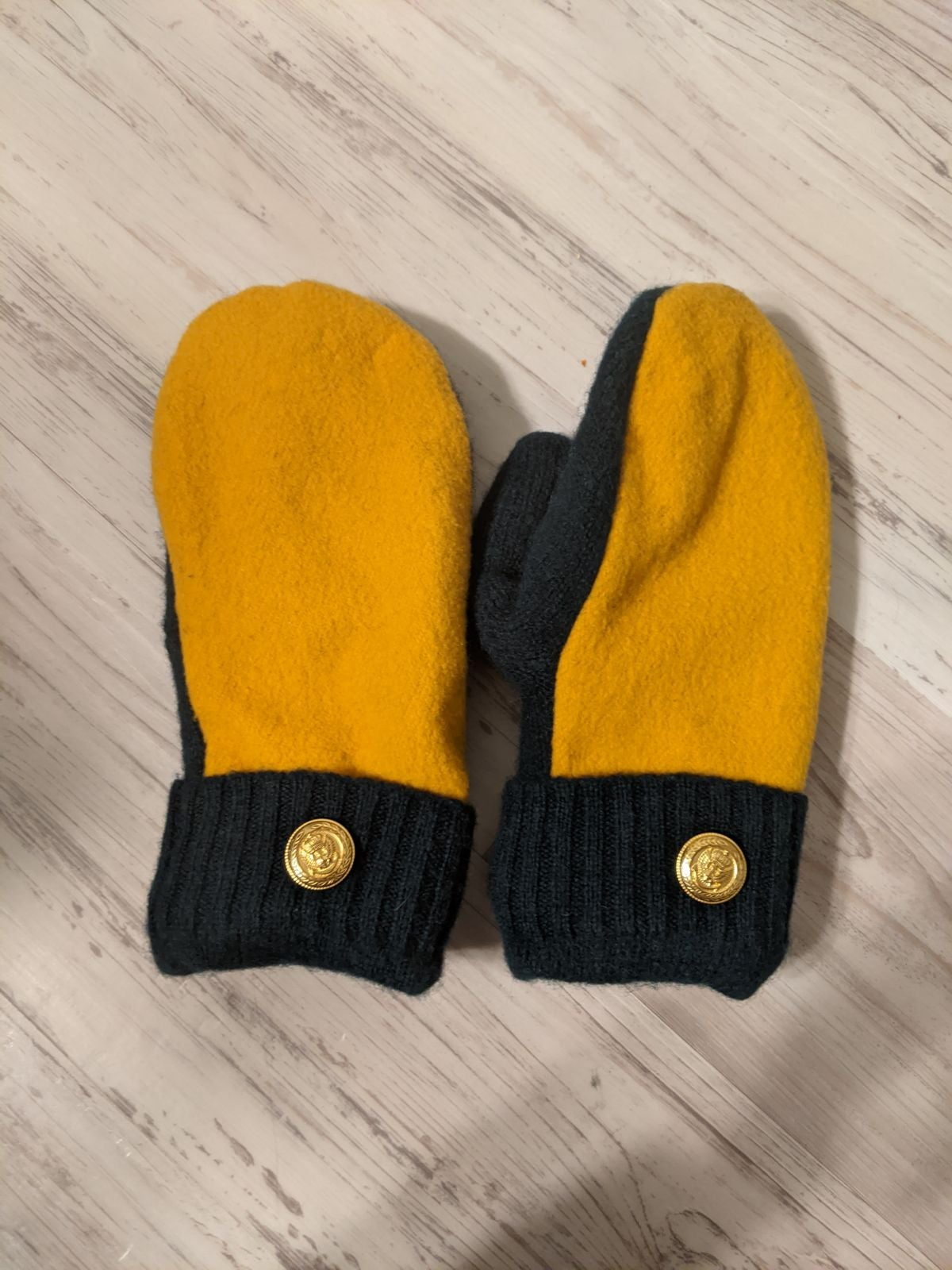 Green and Gold Mittens