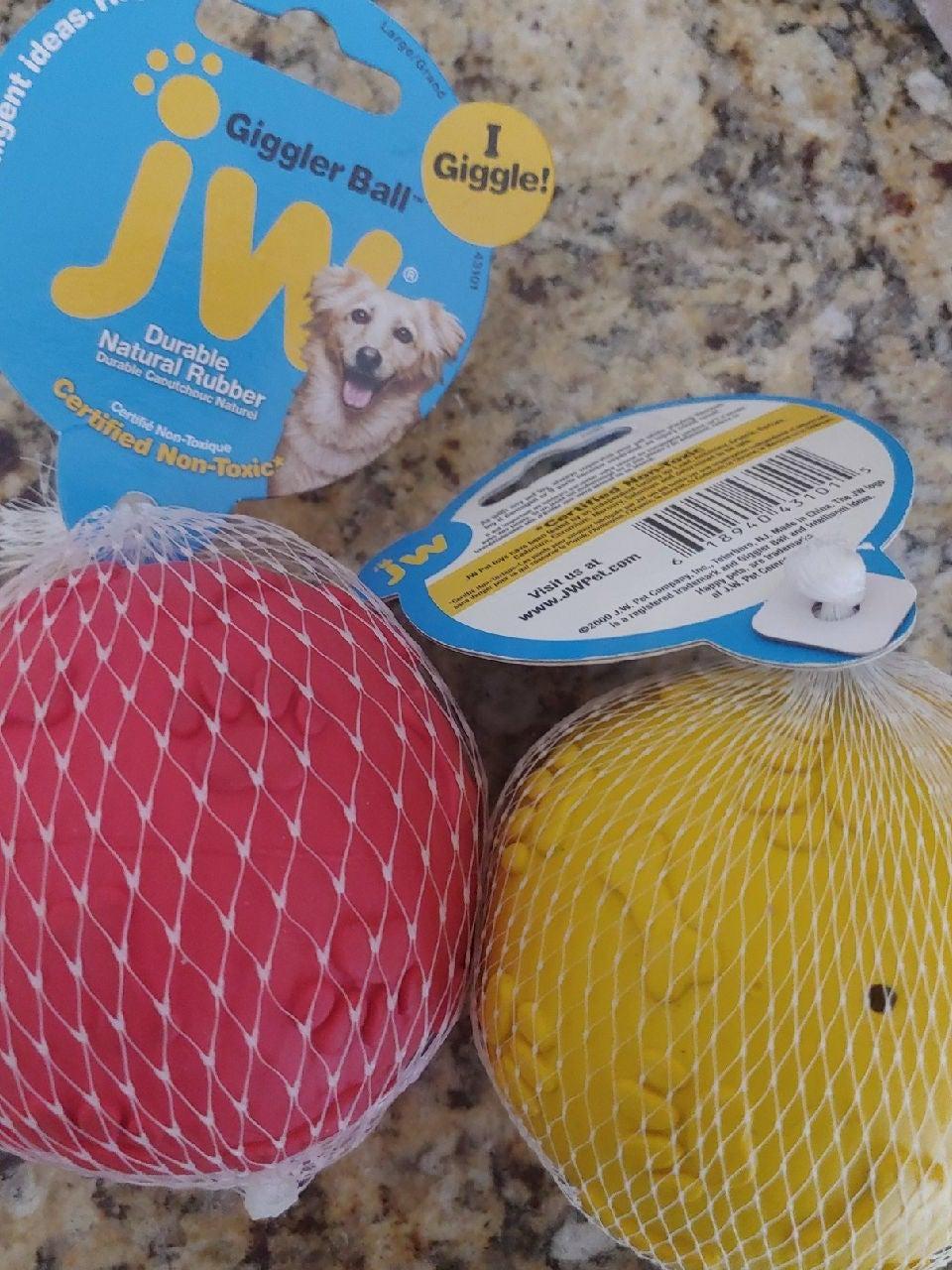 JW Giggler Balls