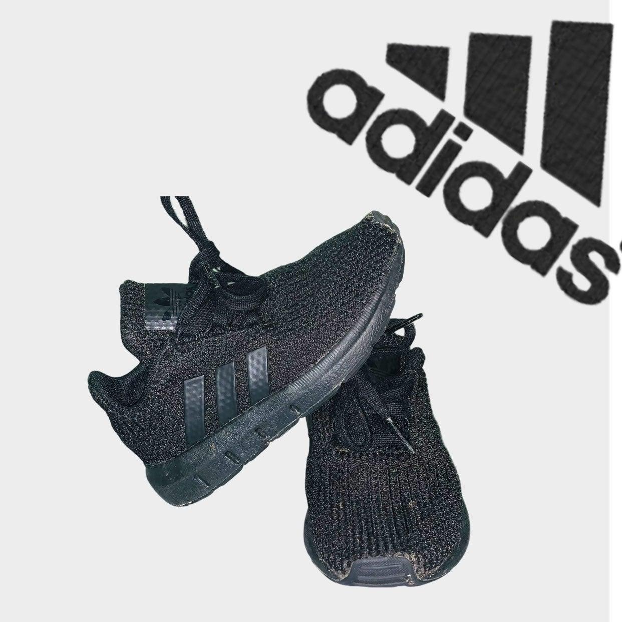 Adidas originals swift run kids sneakers