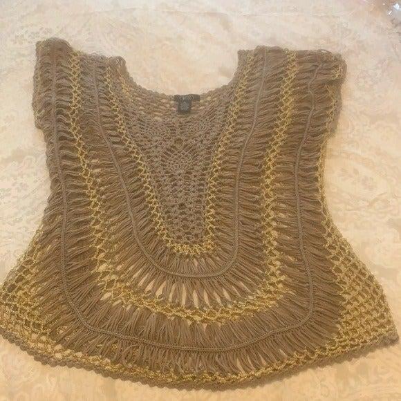 Deb Macrame Tan & Gold Top