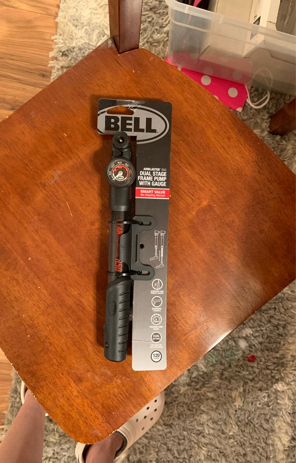 Bell door stage frame pump with Gage
