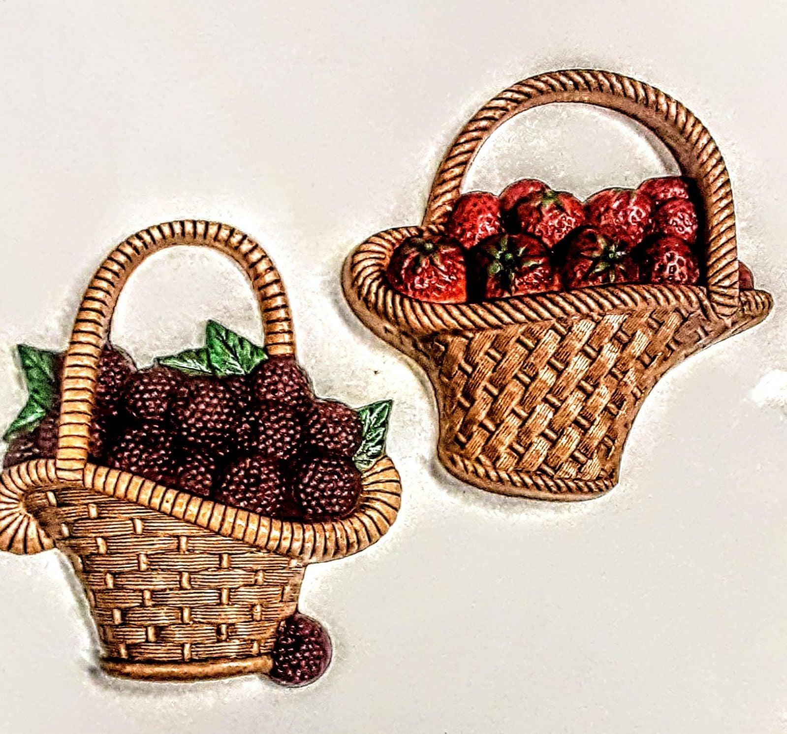 Retro Wall Decor Raspberry & Strawberry