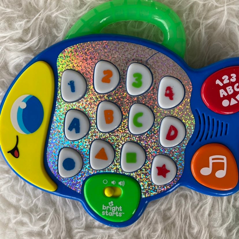Bright Starts Learn & Giggle Fish Toy