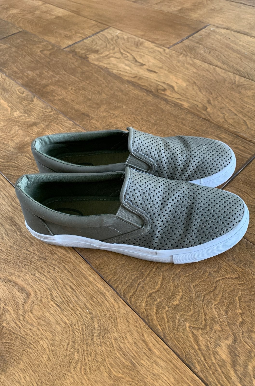 womens slip on shoes OLIVE