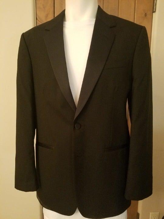 (2A8B1D) Tuxedo Jacket from Jean Yves