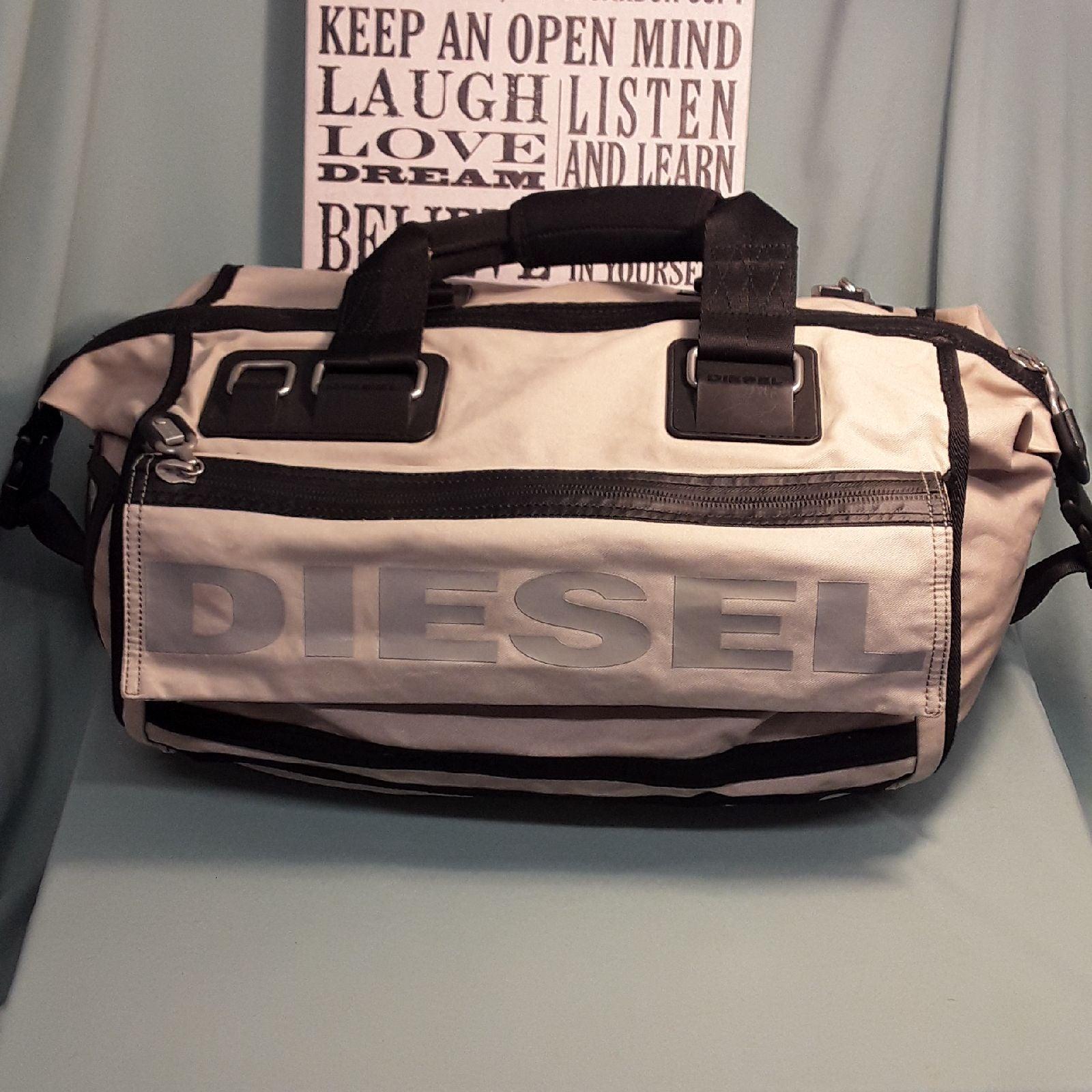 DIESEL DUFFLE BAG / WEEKENDER BAG