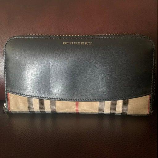 Burberry Zippy Wallet