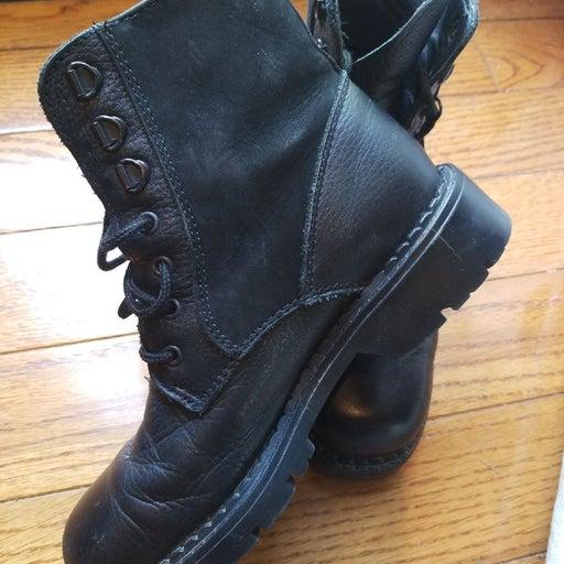 Combat boots size 6.5