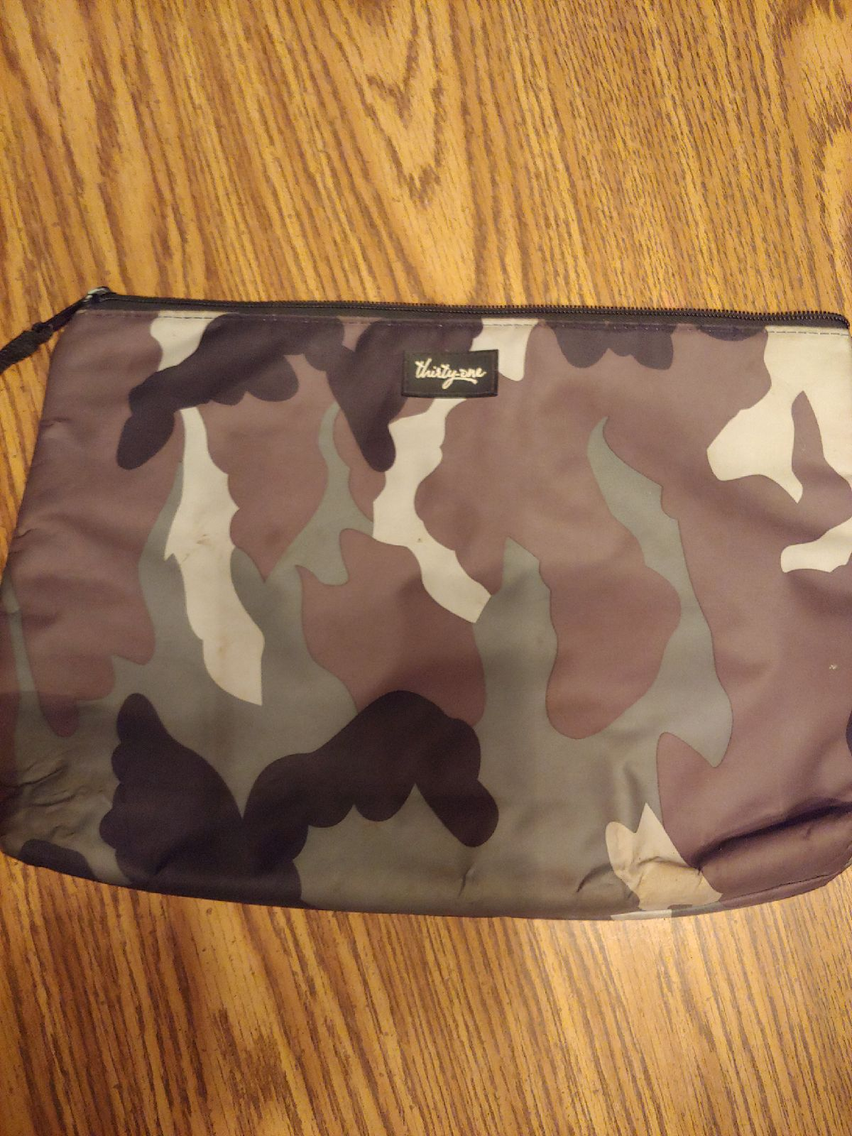 Thirty one camo lunch bag