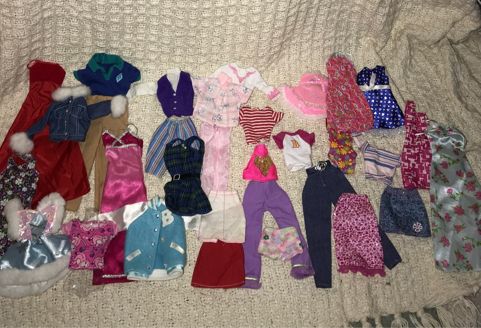 Barbie Clothing Lot ~31 pieces