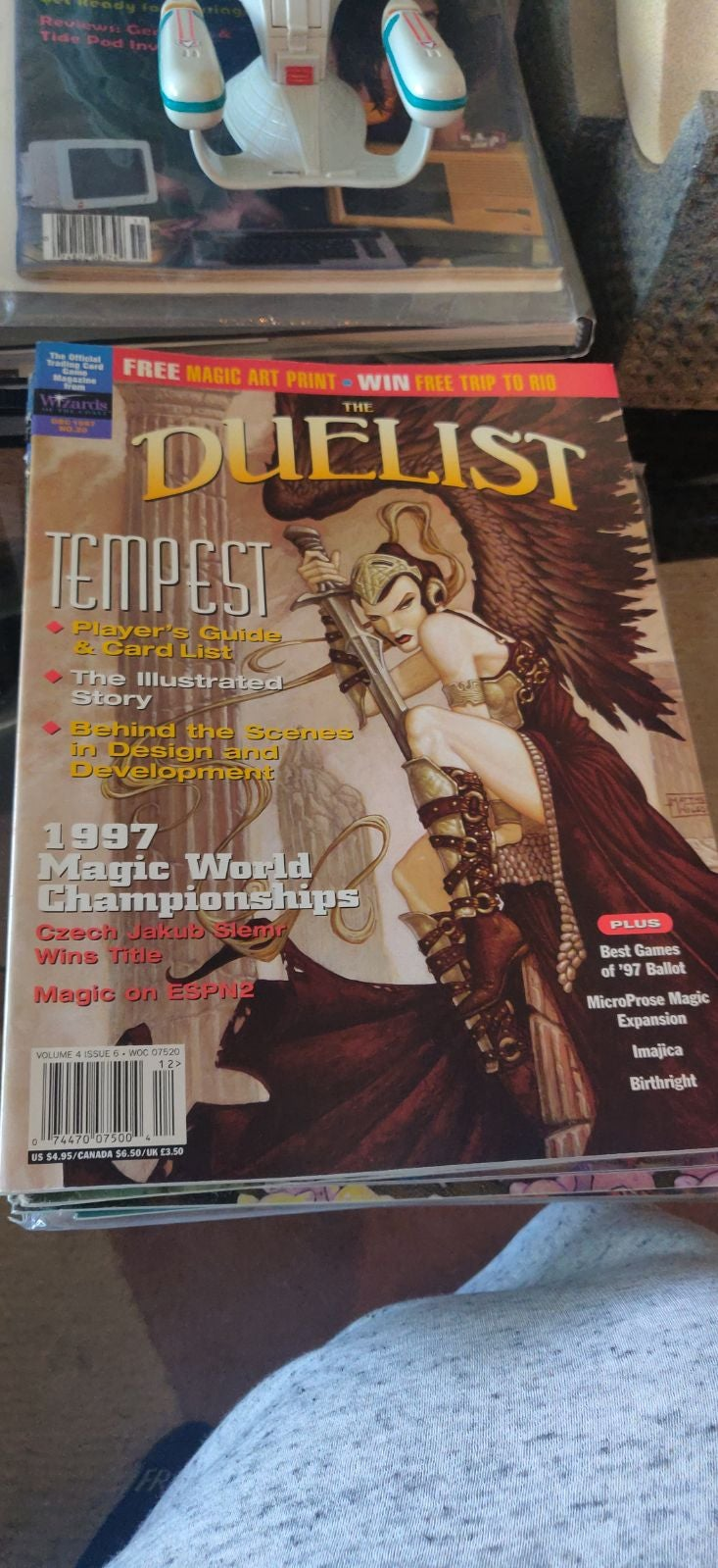 Duelist volume 4 issue 6