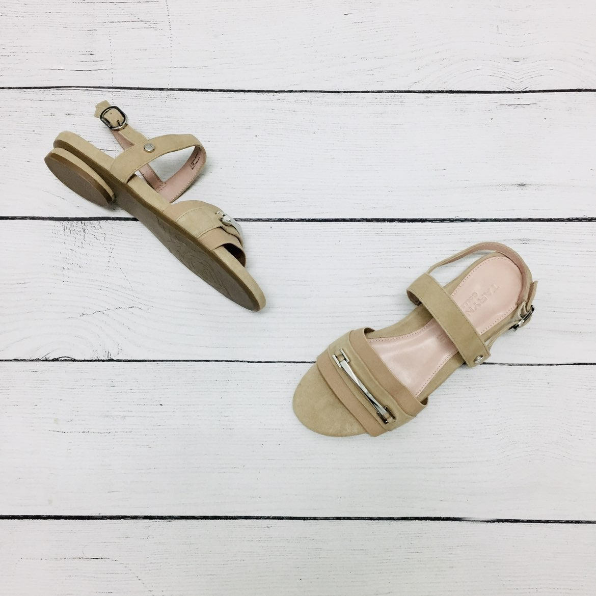 Taryn Rose Nude Sandals size 5.5 NWT