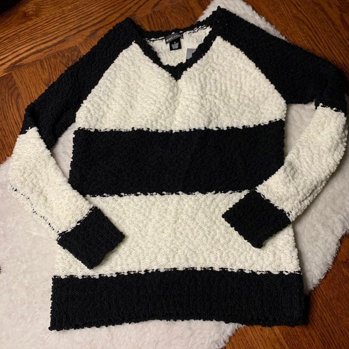 Black & Cream Striped Sherpa Sweater