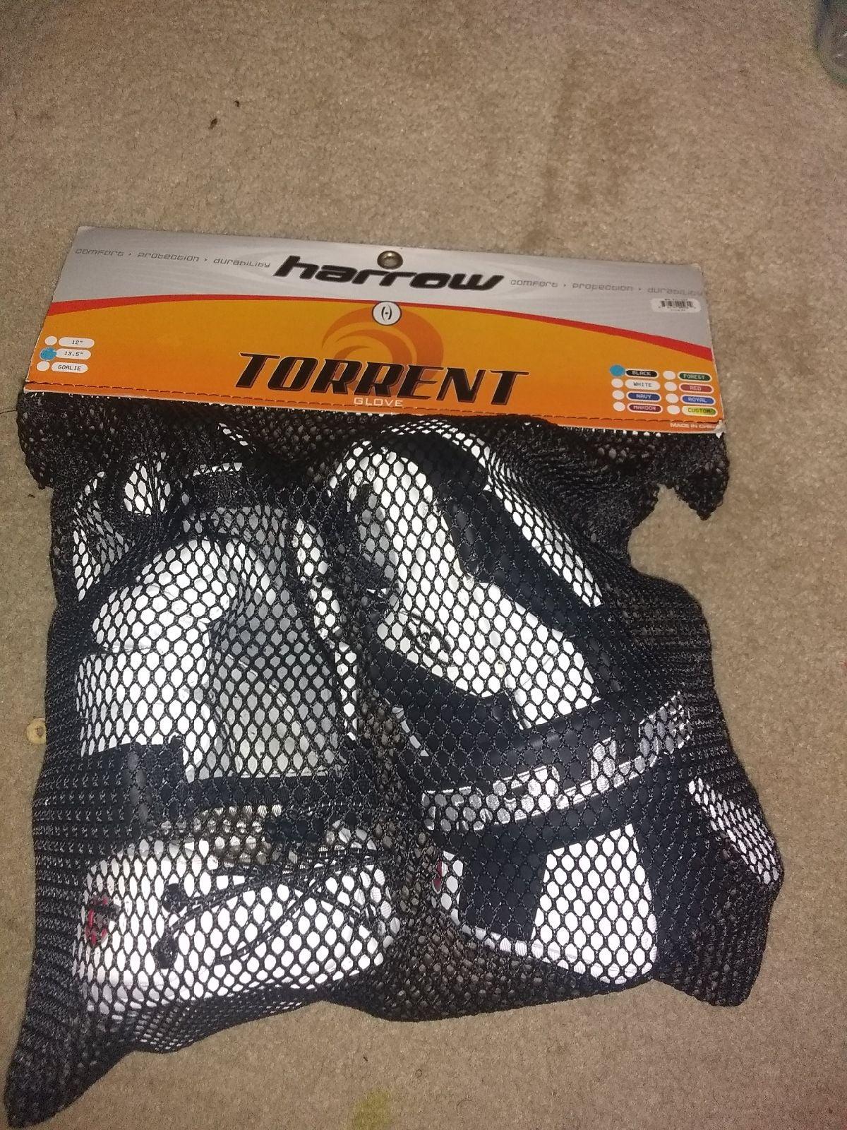 Lacrosse  Torrent Glove Harrow 13.5
