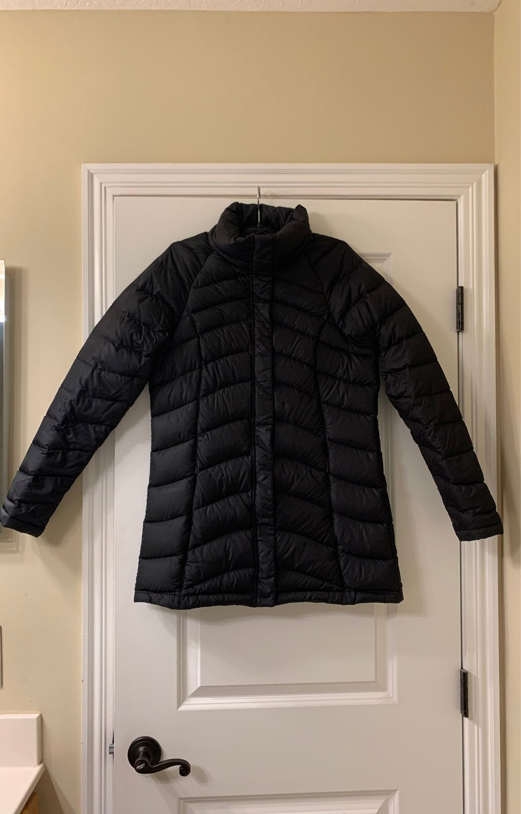 Ladies down North Face Coat - Small