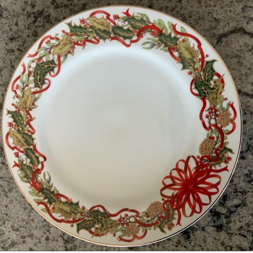 Vintage Christmas Garland China Plate